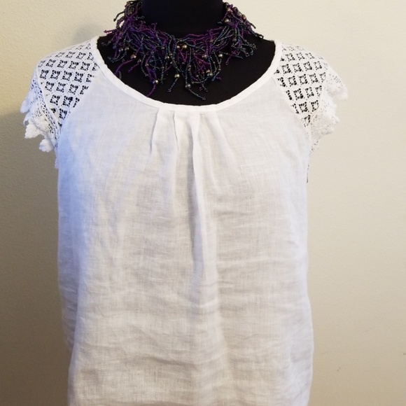 Sunflower Tops - Sunflower lace sleeve top